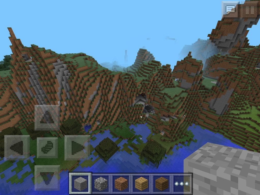 8: Extreme Hills and Swamps  Minecraft PE Seeds
